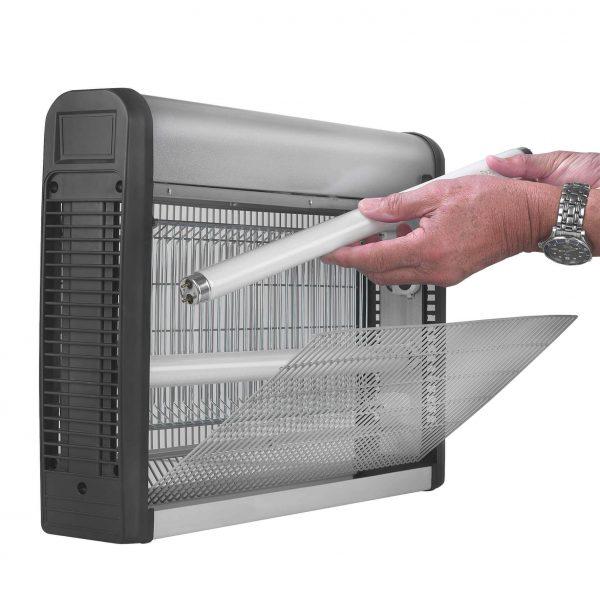 8713415211313 Fly Away Metal 30-2 insectendoder UV lamp 2500 Volt hoogspanningsrooster